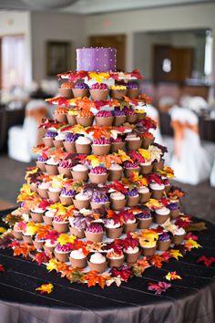 Autumn wedding cupcakes | sarah kossuch photography