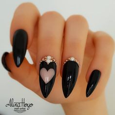 Fearless Combinations With Black Stiletto Nails - Stilettos And Negative Space Romantic Art ? 30 Fearless Combinations With Black Stiletto Nails ? Summer Stiletto Nails, Stiletto Nail Art, Acrylic Nails, Coffin Nails, Matte Nails, Stiletto Nail Designs, Gradient Nails, Chrome Nails, Holographic Nails