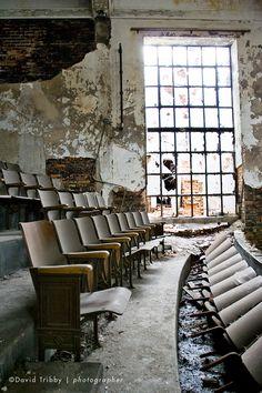 Old cinema/auditorium...