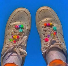 Beads for shoes / tap on a pic