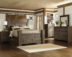 Jeri by Ashley® Bedroom Collection Master Bedroom Set, 5 Piece Bedroom Set, King Bedroom Sets, Queen Bedroom, Bedroom Furniture Sets, Furniture Mattress, Bedroom Ideas, Queen Headboard, White Furniture