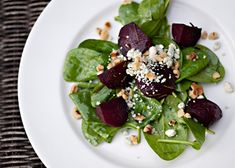 Roasted Beet Salad recipe - beets, honey, balsamic vinegar, Dijon mustard, salad greens, blue cheese, walnuts. #appetizer #bluecheese #salad #vegetables