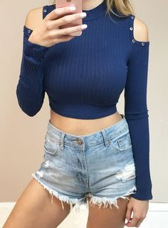- Turtleneck cropped top with cutout shoulders - 96% Rayon, 4% Spandex - Runs…