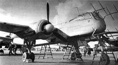 Heinkel He 219 Uhu (Eagle-Owl) Night-Fighter. Ww2 Aircraft, Fighter Aircraft, Military Aircraft, Luftwaffe, Fighter Pilot, Fighter Jets, Aviation World, Flying Boat, Ww2 Planes