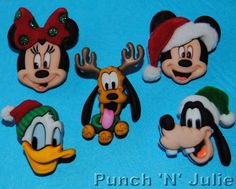 HOLIDAY HEADS - Disney Christmas Mickey Minnie Mouse Dress It Up Craft Buttons
