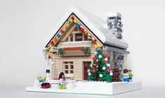 ~ Lego Mocs Holidays ~ Christmas ~ domek2 | by looooookl Lego Christmas Sets, Family Christmas, Legos, Lego Santa's Workshop, Lego Elves Sets, Lego Calendar, Lego Gingerbread House, Casa Lego, Lego Winter Village