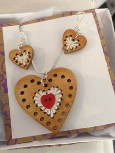 another set of necklace and earrings made my me.  #wscrafting @whitestuff