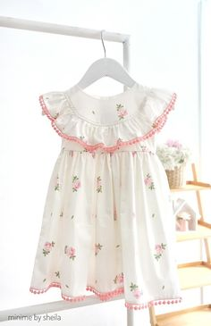 Best 12 Share this – – SkillOfKing. Baby Girl Frocks, Frocks For Girls, Little Dresses, Little Girl Dresses, Kids Frocks Design, Baby Frocks Designs, Baby Girl Fashion, Kids Fashion, Kids Dress Patterns