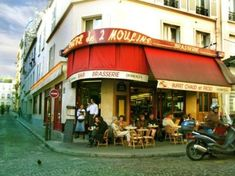 "I was at the ""deux moulins"" in 2002... but maybe it's time to go again....with a boy."