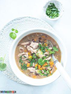 Zupa z kurczakiem i ryżem - przepyszna! Ethnic Recipes, Food, Essen, Meals, Yemek, Eten