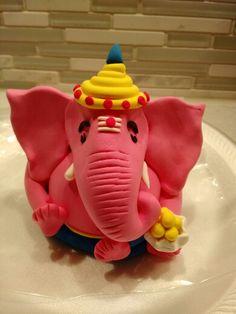 Handmade Ganesha with Crayola Air Dry Clay Paper Mache Crafts, Clay Crafts, Eco Friendly Ganesha, Ganesh Pooja, Clay Ganesha, Ganpati Decoration At Home, Craft From Waste Material, Ganapati Decoration, Ganesh Idol