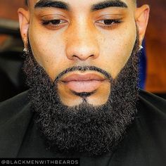 """""""Now that's a beard! If you know this brotha, tag him please…"""