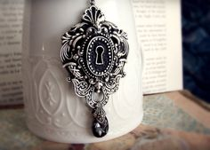 the Secret - Necklace, Keyhole Neo Victorian in Silver