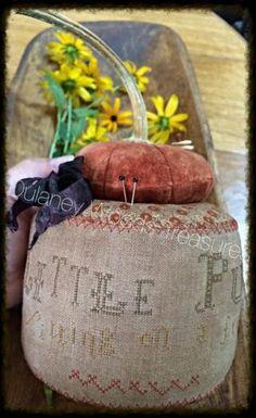 3 Little Pumpkins Pinkeep Drum SOLD   Primitive Handmades Mercantile