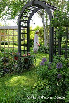 Aiken House & Gardens: Garden Views