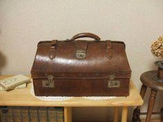古い革製のトランク ドクターバッグ収納アンティークレトロ / ¥2300円 / オークション終了 02月23日