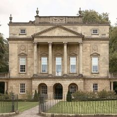 "RUPERT DIXON on Instagram: ""The Holburne Museum in Bath was built as a hotel and sits in Sydney Gardens, which are the only remaining eighteenth-century pleasure…"" Sydney Gardens, Andrea Palladio, Classic House, Buildings, Museum, Houses, Bath, Mansions, Architecture"