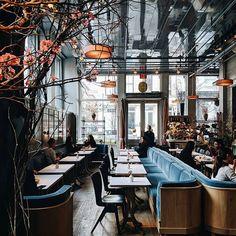 See more luxurious restaurant interior design details at barfurniture.eu  #barfurniture #brabbucontract #restaurantinteriors #restaurantinteriordesign #hospitalityproject #hospitalityfurniture #contract #moderninteriordesign #bardecor #restaurantinteriordesign #modernrestaurant