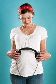 7 Ways music benefits your baby