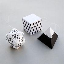 Mini Co Papercraft Tutorials >>> Winter geometric decorations