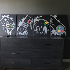 Nintendo Four Piece Video Game Controller Paintings Set Video Video Game Decor, Video Game Art, Set Video, Video Games, Video Game Bedroom, Video Game Rooms, Art Mural, Wall Art, Gaming Room Setup