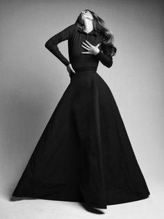 [Photography] Victor Demarchelier [Fashion Editor] Yann Weber [Model] Malgosia Bela
