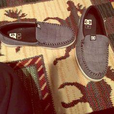 Men's DC shoes Good condition;gray; size 10 DC Shoes