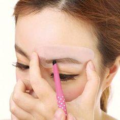 US$ 19.89 - Stencil Kit Shaping Eyebrow Reusable Template (24Pcs) - www.ebuytide.com Eyebrow Tools, Eyebrow Styles, Brow Stencils, Eyeliner Stencil, Castor Oil Eyebrows, Natural Eyebrows, Beauty Kit, Diy Beauty, Eyebrow Template
