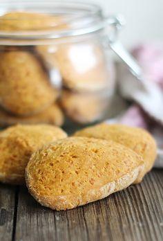 Сырное печенье подойдет и к пиву, и к компоту!