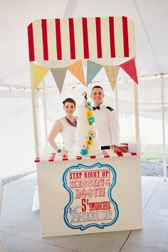Kissing Booth Cake Display | Turner Creative Photography | Theknot.com