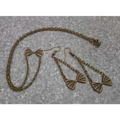 tiny bow set of earrings n necklace