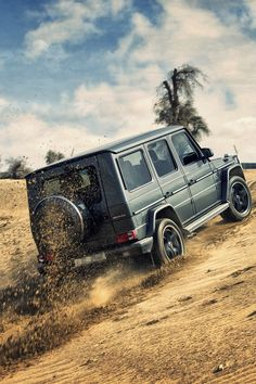 Off Road #Mercedes-Benz  #G-Class or #G-Wagen is a full-size luxury SUV G-Class is still in production and is one of the longest produced Mercedes-Benz in Daimler's history, with a span of 35 years. メルセデス·ベンツ  #AMG #GL-Class  #Off #Road #4x4   StanPatzitW
