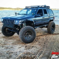 afternoon my JEEPELS! Check out this super clean from Jeep Zj, Jeep Truck, Lifted Jeep Cherokee, Jeep Grand Cherokee Laredo, Lifted Jeeps, Badass Jeep, Jeep Mods, Black Jeep, Old Jeep