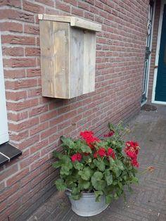 brievenbus gemaakt van oud steigerhout #harriemade