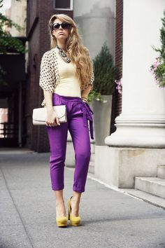 Purple Hills , Pavonine in Pants, sarenza.it in Heels / Wedges, H in Clutches, in Tanks Office Outfits, Casual Outfits, Fashion Outfits, Womens Fashion, Hijab Casual, Hijab Outfit, Office Wear, Purple Pants Outfit, Color Blocking Outfits
