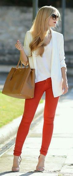 Outfits To Wear With Red Pants. Well, for most women wearing red pants comes down to just one thing; While the classic and most frequently seen style of trousers is the blue denim jeans, red is in a league all of its own. Fashion Mode, Work Fashion, Fashion Looks, Fashion Outfits, Womens Fashion, Fashion Trends, Street Fashion, Bridal Fashion, Fashion News