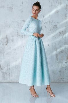 Платье «Аэлита» миди, Голубое кружево, Цена — 29 990 рублей