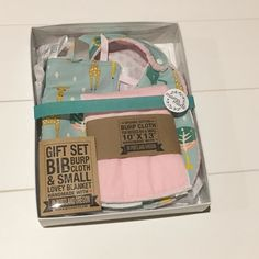 Looking for the perfect gift for your next baby shower? Have no fear! Our gift sets come perfectly packaged and ready to gift!  . . . . . . #mommytobe #mompreneur #momswithcameras #momtobe #momtogs #mycreativebiz #naturalbaby #newborn  #organicbaby #organiccotton #pixel_kids #shophandmade #shoplocal #shopsmall #swaddle #teethingsucks #thatsdarling #toddlelife #tummytime #uniteinmotherhood #realmakersofig #etsywholesale #babylovepdx #organicbabyclothes #naturalmama #kidstyle #etsyforlittles…