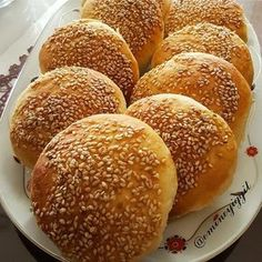 You will love this pastry. Cake Recipes, Snack Recipes, Turkish Breakfast, Puff Pastry Recipes, Edible Food, Bread And Pastries, Turkish Recipes, Beignets, Creative Food
