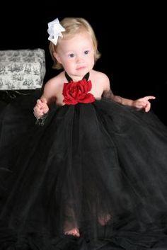 I Love these prescious tutu dresses:)