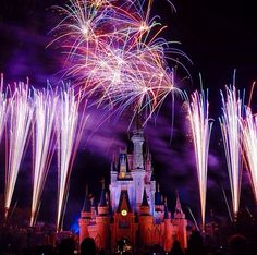 And one day, a 15 year old girl fell in live with the place that was all started by a mouse...I'll never EVER lose sight if that ONE thing<3........#WDW #Disney #WaltDisneyWorld  #HappiestPlaceOnEarth #CelebrateADreamComeTrue #CelebrateTheMagic #MyHome #WhereDreamsComeTrue #WishUponAStar