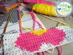 https://hodgepodgecrochet.wordpress.com Tapestry Crochet Made Easy - Practice for a Graph-ghan that I've been wanting to try!