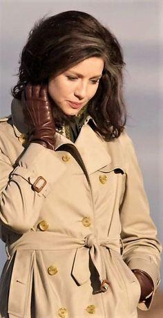 Outlander, Gloves, Coat, Jackets, Fashion, Down Jackets, Moda, Weird, Sewing Coat