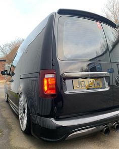 Volkswagen Caddy, Volkswagen Touran, Vw T5, Vw Cady, Caddy Van, Vans Style, Custom Vans, Vw Beetles, Mustang