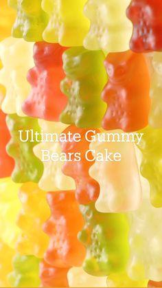 Fun Desserts, Delicious Desserts, Dessert Recipes, Yummy Food, Gummy Bear Cakes, Gummy Bears, Fun Baking Recipes, Sweet Recipes, Simply Recipes