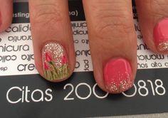 Tulip nail art