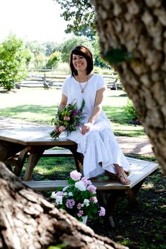 Linen clothing from @mimibellas, and enjoying the picturesque Henkel Square in Round Top, Texas.
