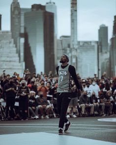 Hoop Dreams, Basketball Legends, Brooklyn Nets, Kyrie Irving, Kevin Durant, I Don T Know, New York City, Nba, Cool Pictures