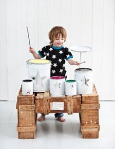 Homemade drum set from paint cans! Clever and noisy. How fun! Homemade Drum, Homemade Toys, Diy For Kids, Crafts For Kids, Diy Drums, Homemade Musical Instruments, Paint Your House, Best Kids Toys, Children Toys