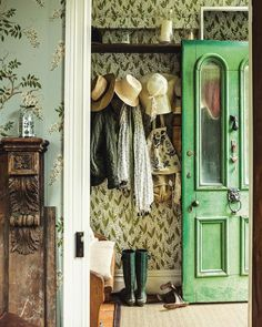 Michelle - Blog #Country #Glass #Door  Fonte: http://thelittlehermitage.tumblr.com/post/161978846230/andantegrazioso-akaroa-cottage